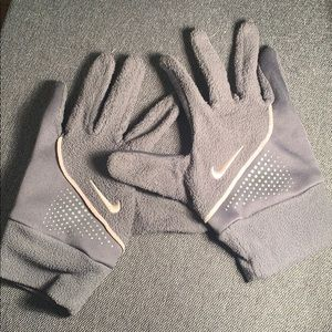 Nike Grey and Pale Pink Fleece Gloves